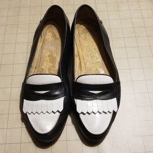 Vintage 80's Etienne Aigner Navy & White Loafers 7